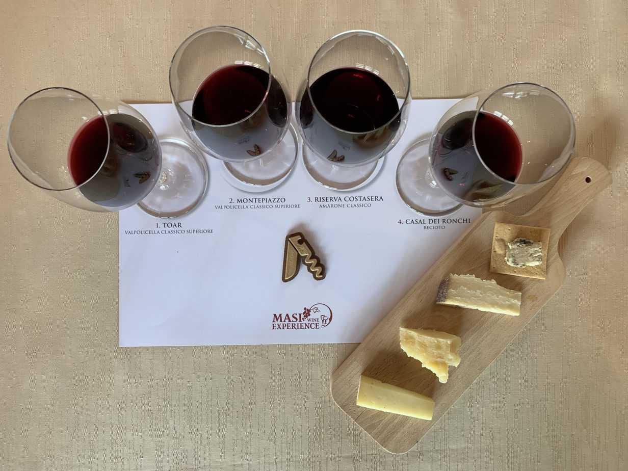Degustazione di Amarone ed altri vini e formaggi della Valpolicella