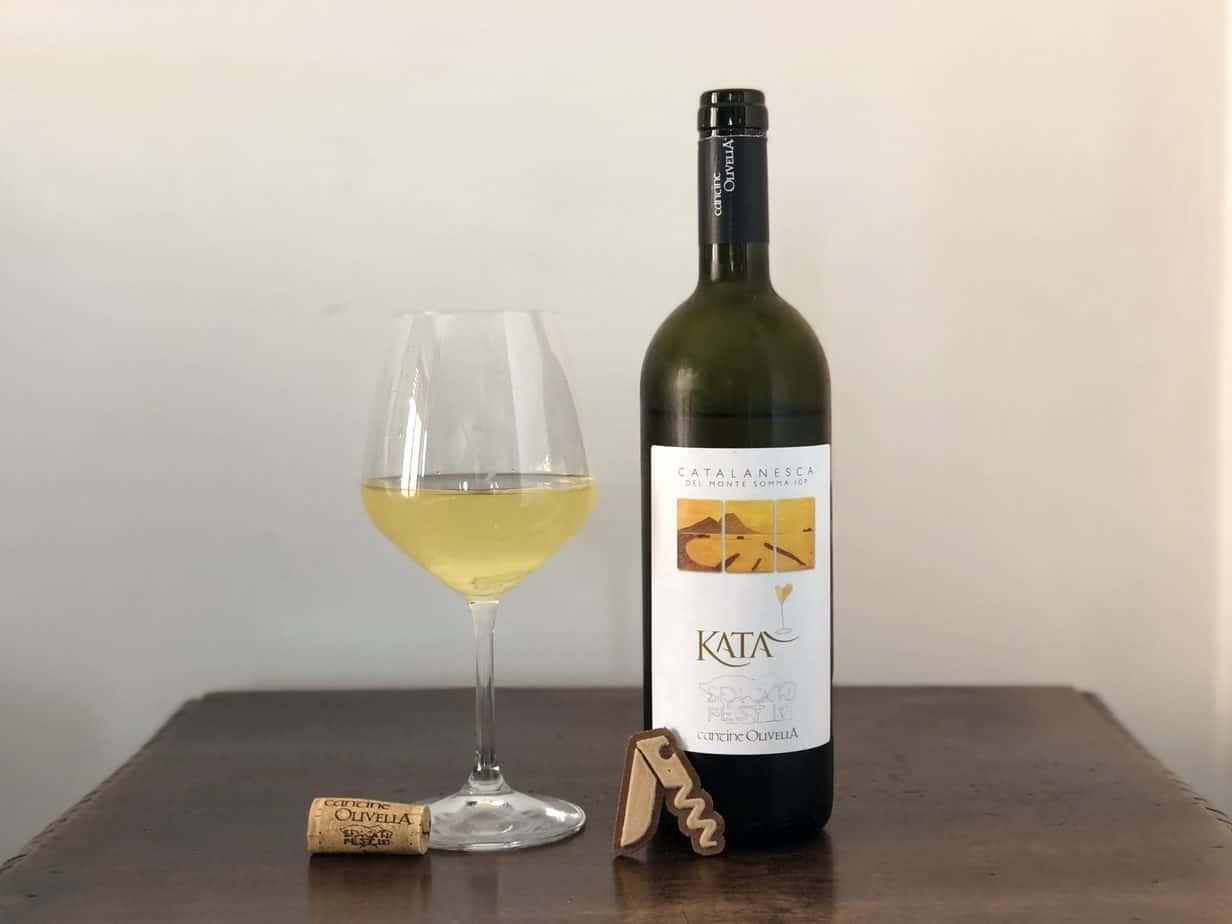 Recensione del Catalanesca del Monte Somma IGT Bianco Katà 2017 di Cantine Olivella